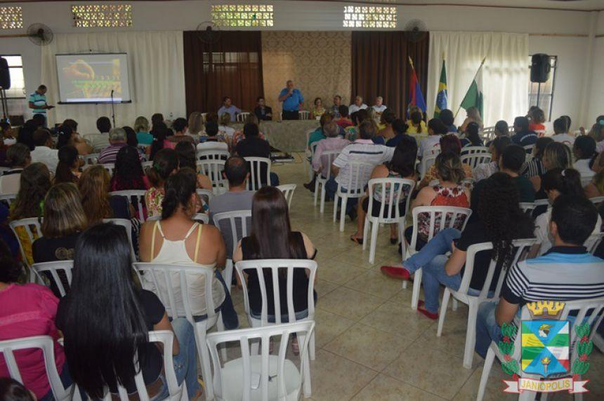 Secretaria de Educação realizou Cerimônia de Abertura da Semana Pedagógica