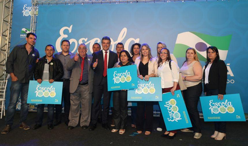 Prefeito de Janiópolis participa de cerimônia do lançamento do Programa Escola 1000