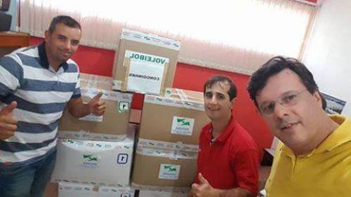 Congonhinhas, recebeu kits de materiais esportivos
