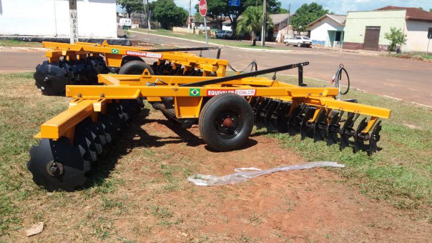 Aquisição de implementos agricolas