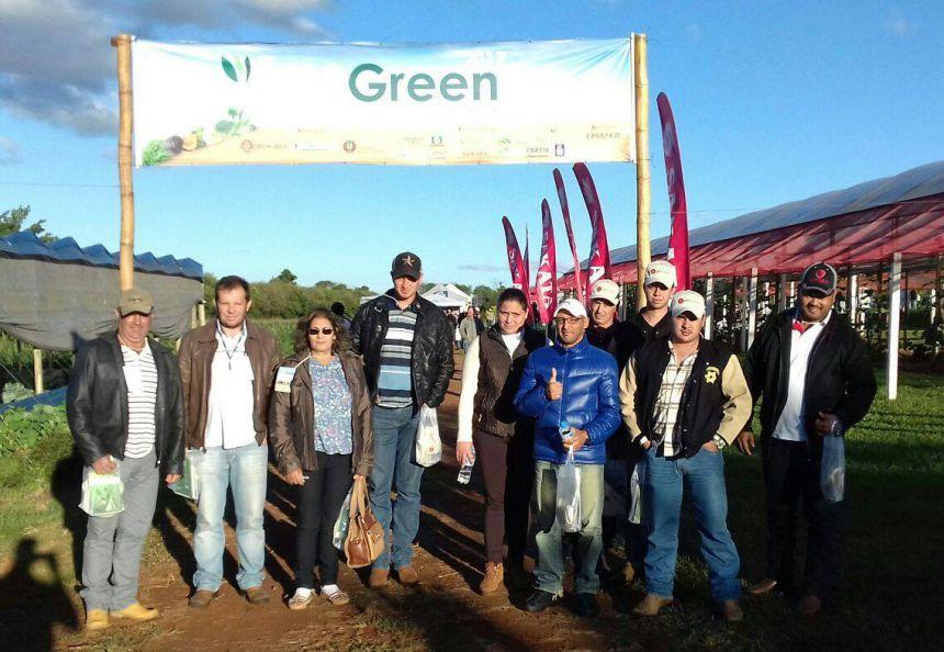 Agricultores de Quinta do Sol participam da EXPOGREEN em Londrina