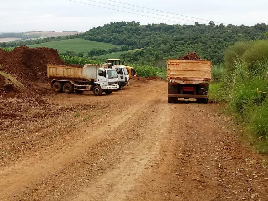 Prefeitura de Quinta do Sol realiza manutenção das estradas rurais