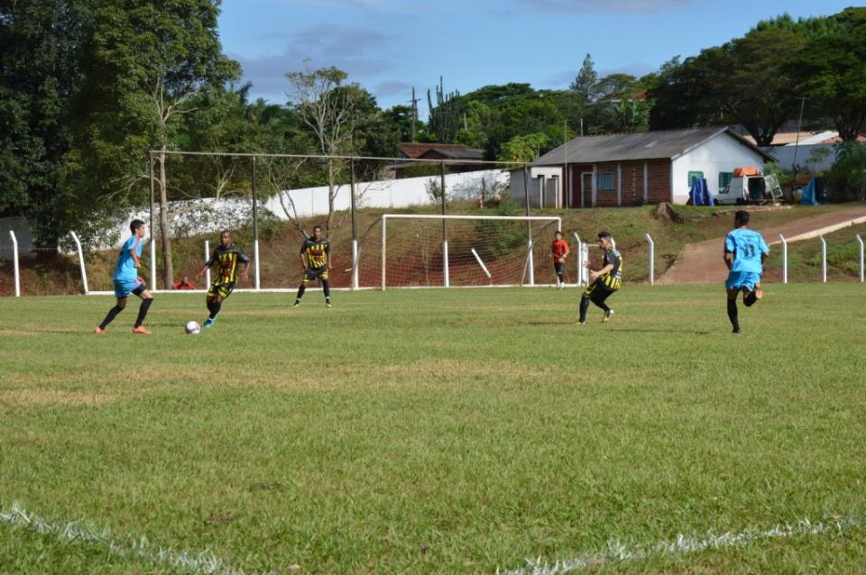 Arena/AEQSOL mantém 100% ao golear o Quinta do Sol por 5 a 1