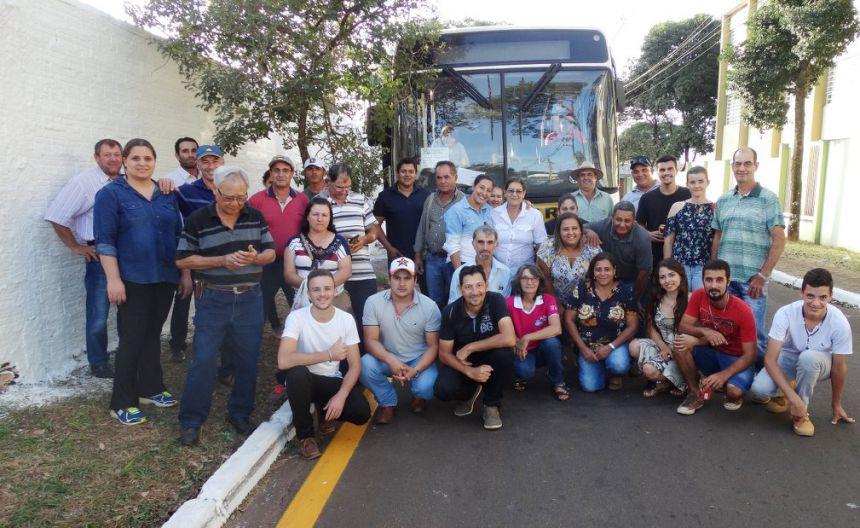 Produtores de Quinta do Sol visitam Fazendinha da Emater