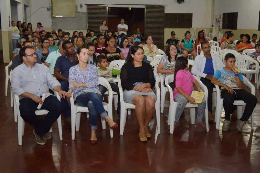 """Quinta do Sol realiza palestra da campanha """"Faça Bonito"""" para pais e alunos"""