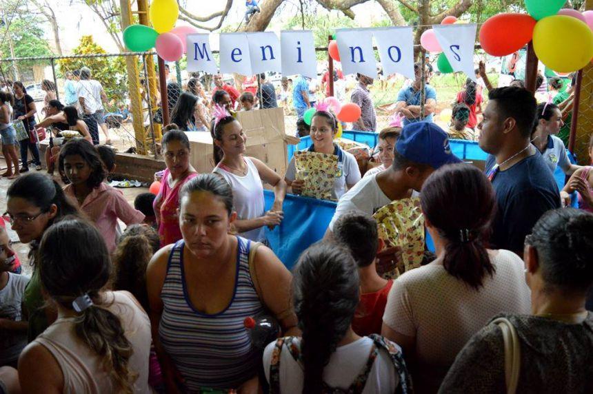 """""""Tarde na Praça"""" animou o Dia das Crianças em Quinta do Sol"""