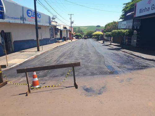 Prefeitura de Quinta do Sol realiza obras de pavimentação e recapeamento