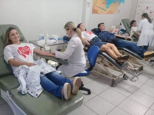 Quintassolenses ampliam estoque de sangue no Hemonúcleo de Campo Mourão