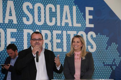 Prefeito de Quinta do Sol discursa em evento do Governo do Paraná