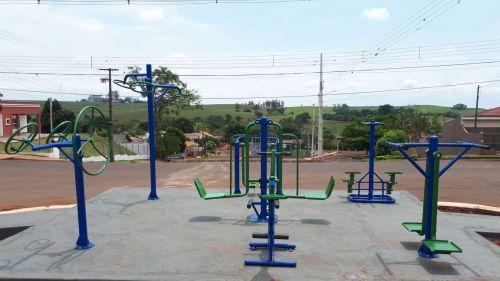 Prefeitura de Quinta do Sol instala nova Academia ao Ar Livre