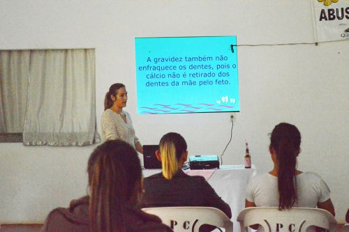 Saúde Bucal é tema de palestra para gestantes em Quinta do Sol