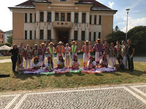 Grupo Pôr do Sol conquistou o público em turnê pela Europa