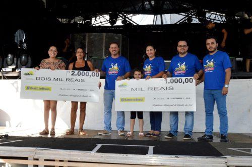 """Secretaria de Saúde entrega premiação da campanha """"Quinta do Sol Sem Dengue: meu quintal é um exemplo"""""""