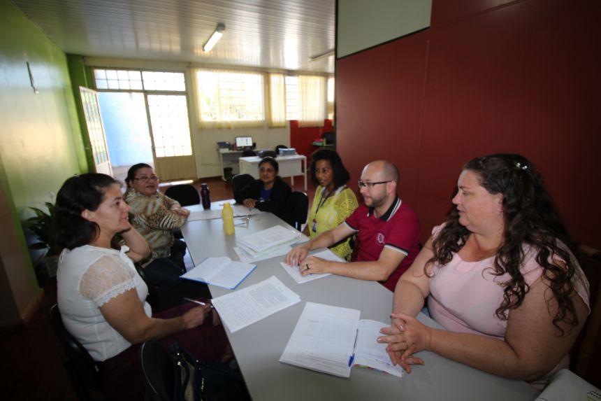 Encontro entre os professores dos 5º Anos na Hora Atividade