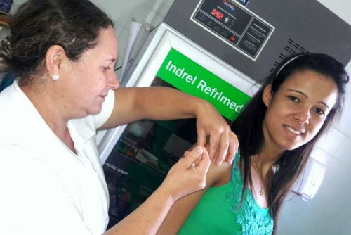 Jovens com de 15 a 26 anos podem se vacinar contra HPV em Campina da Lagoa