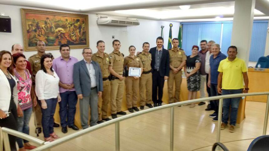 Vereador presta homenagem a Patrulha  Escolar Comunitária
