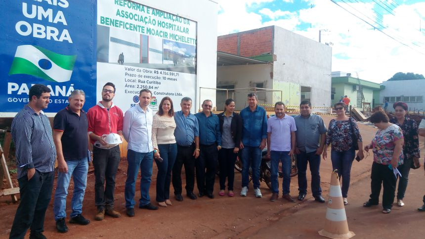 Vereadores visitam obras do Hospital Micheletto