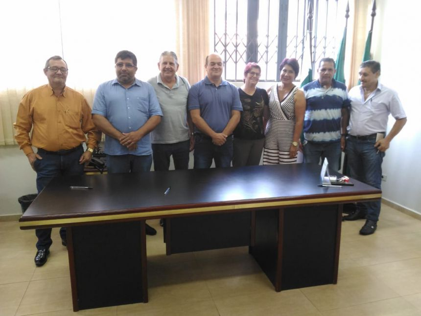 Nova Mesa Diretora da Câmara Municipal de Assis Chateaubriand toma posse para o biênio 2019/2020