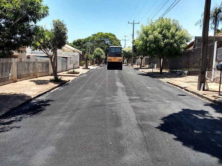 Prefeitura de Mandaguaçu investe R$ 500 mil em recapeamento asfáltico