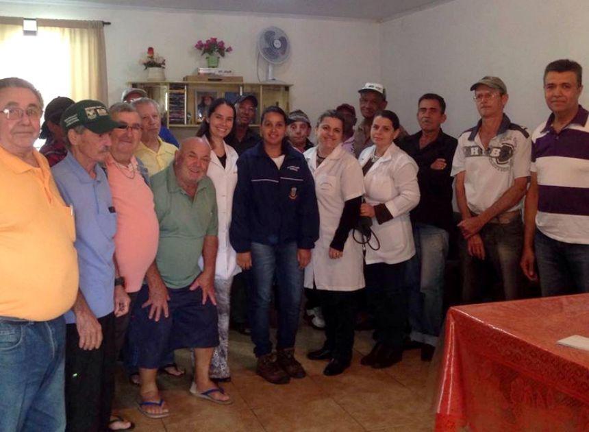 Departamento de Saúde promove ação em comemoração ao Agosto Azul