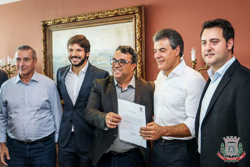 Mandaguaçu recebe recursos do Governador Beto Richa