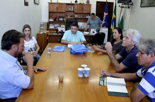 Prefeito participa de reunião sobre a instituição da Câmara Intersecretarial de Segurança Alimentar e Nutricional