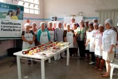 Departamento de Assistência Social oferece curso gratuito de doces e conservas