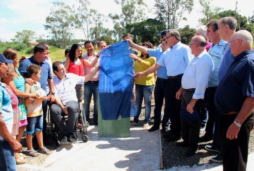 Inauguração do asfalto do Conjunto Residencial Amanda