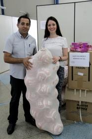 Departamento de Assistência Social realiza entrega de brinquedos para representantes de bairros