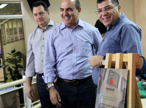 Entrega da obra de ampliação do sistema de abastecimento de água em Mandaguaçu