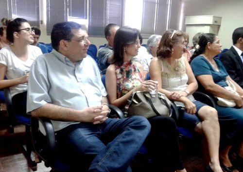 Reunião sobre promoção da educação, conscientização ambiental e programa de coleta seletiva
