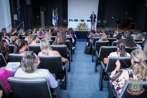 Mandaguaçu realiza XVII Seminário de Reflexão e XVI Seminário Regional de Educação