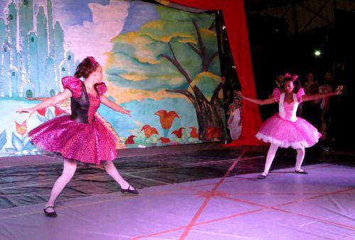 """Espetáculo de Ballet """"Cinderela"""""""