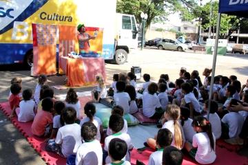 C.M.E.I Favo de Mel e Escola Municipal Barão do Rio Branco - BiblioSESC