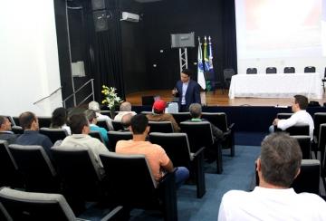 Prefeitura Municipal de Mandaguaçu promove treinamento para secretários