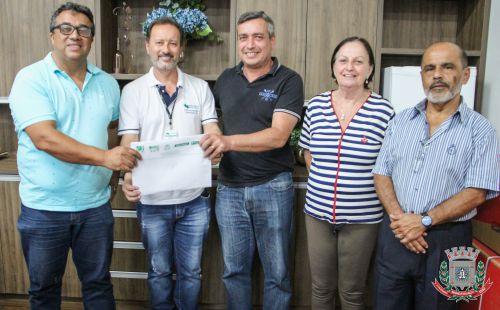 Agência do Trabalhador de Mandaguaçu recebe carro do Governo Estadual