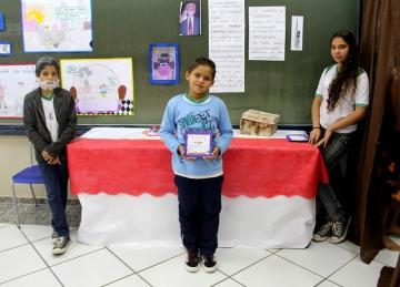 Feira Cultural da Escola Municipal Manoela Rosalina Mazzei da Silva