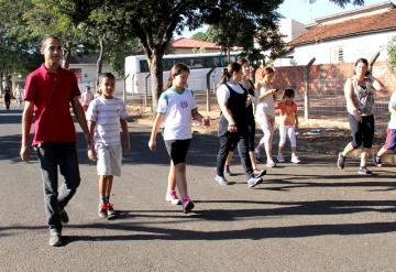Caminhada da Escola Municipal Santo Carraro