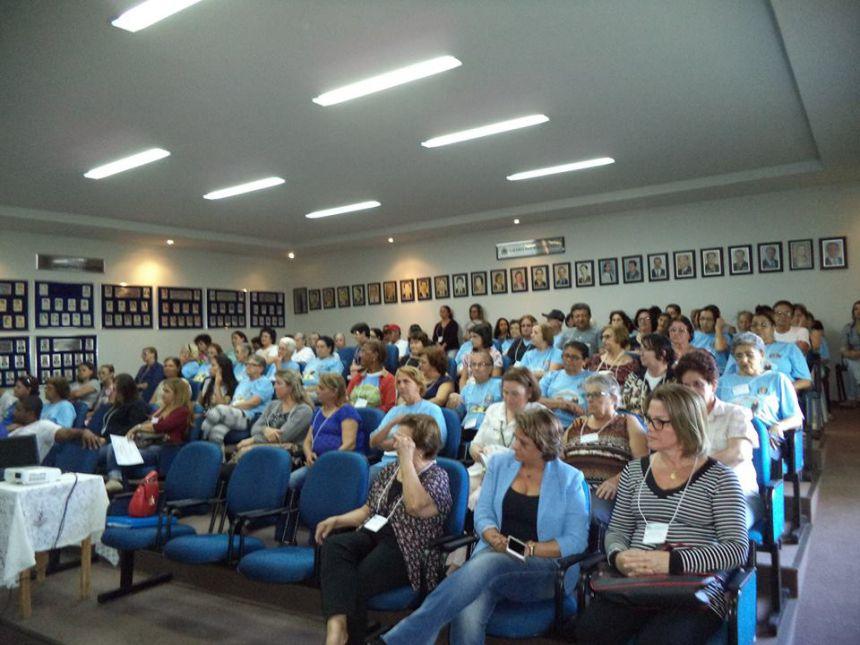 Conferência da assistência social em Florai.