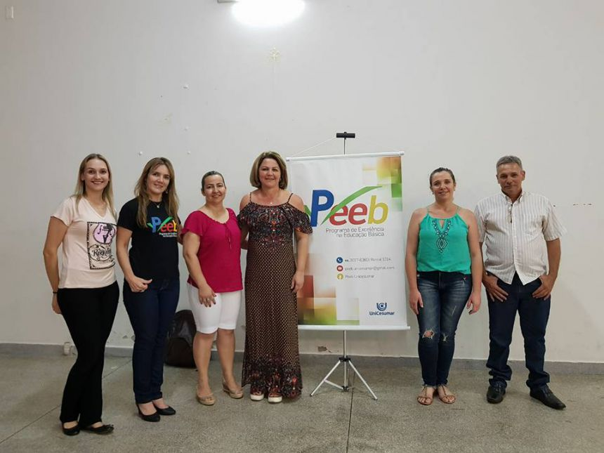 Palestra motiva os pais de alunos do cmei em Floraí.