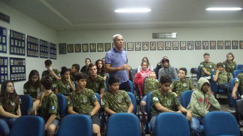 Cidadãos Mirins de Floraí participam de orientações sobre Transito.