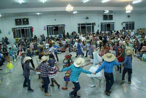 Festa Julina da Escola municipal Elena Maria Pedroni.