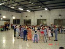 Festa julina de 2 de julho no salao paroquial