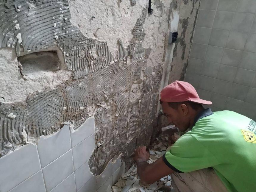 REFORMA DOS BANHEIROS DA PREFEITURA