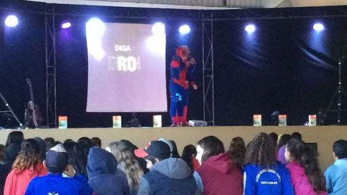 O evento foi gratuito e contou com a participação dos alunos das escolas estaduais