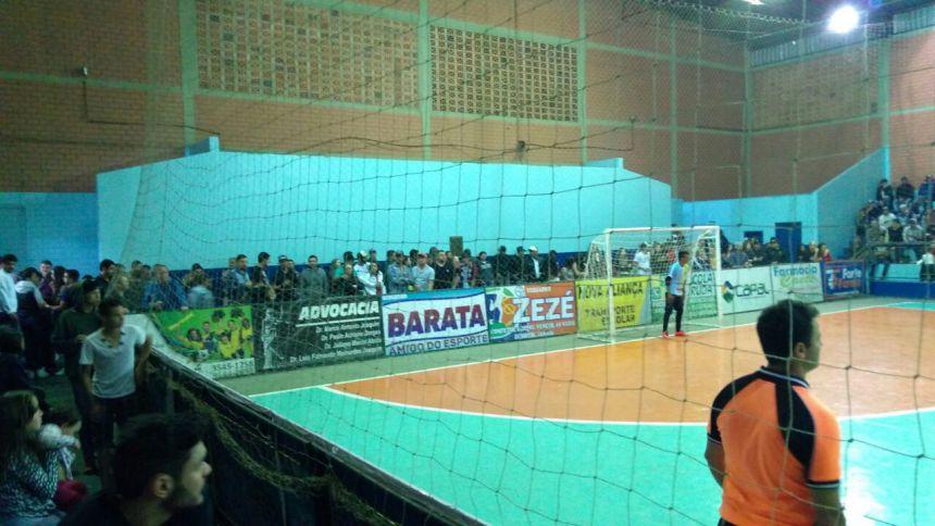 Torcida lotou Ginásio Caetê para finais do Futsal