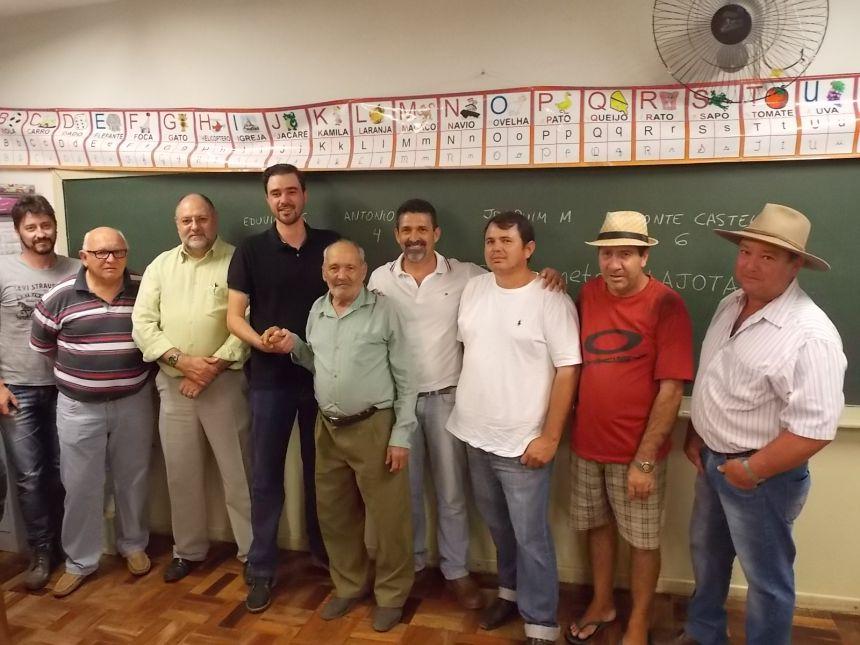 Prefeitura realiza primeira audiência pública para calçamento de ruas na Vila Bigon