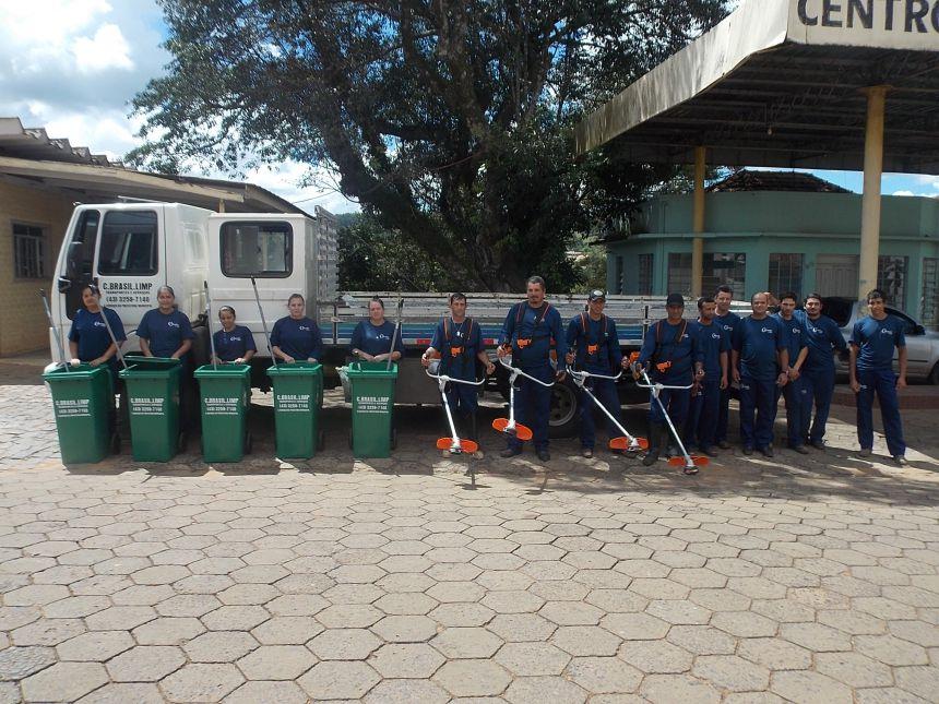 Empresa terceirizada inicia serviço de roçagem e limpeza