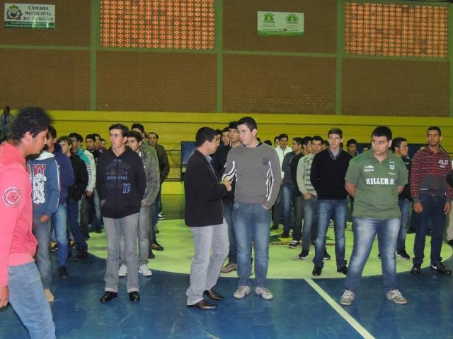 Jovens de Curiúva participam de solenidade de Dispensa de Serviço Militar