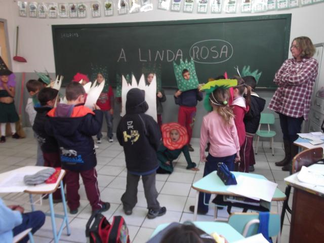 Atividades diferentes despertam a criatividade de alunos da Escola Maria de Lourdes